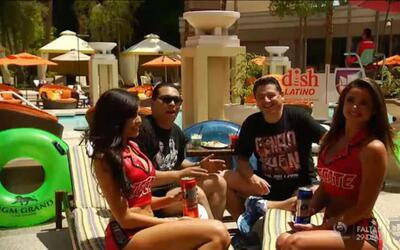Mira las chicas Tecate con los 'Baquetones' en Las Vegas celebrando el C...
