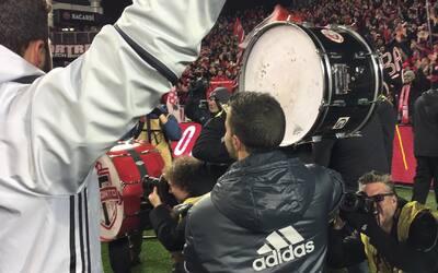 Giovinco lideró el cántico vikingo con los aficionados de Toronto FC