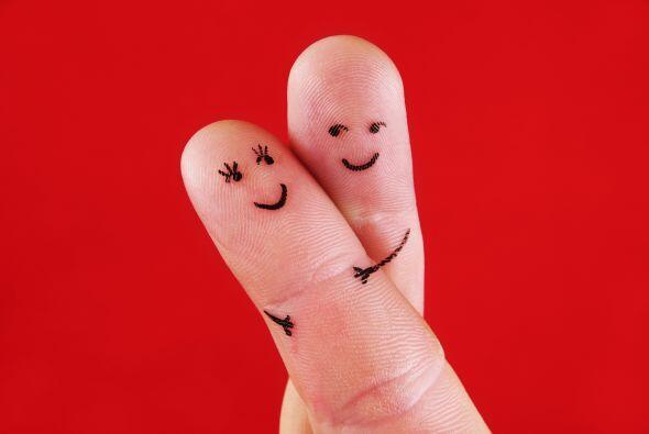 El calor físico del contacto unido a la vibración de amor se complementa...