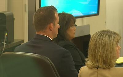 Inicia juicio en contra de policía de Fort Worth acusado de herir a un h...