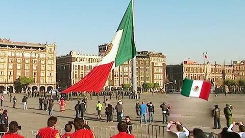 Presenciamos en vivo la ceremonia de honores a la bandera de México