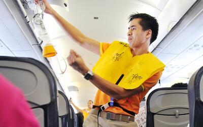 Te decimos paso a paso qué hacer en caso de una emergencia aérea