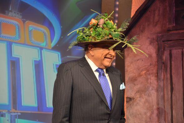 ¿Sabías que Don Francisco nunca repite los sombreros cuand...