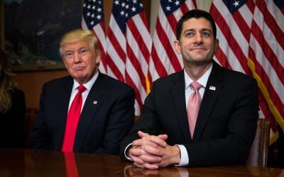 El presidente Donald Trump y Paul Ryan en el Capitolio