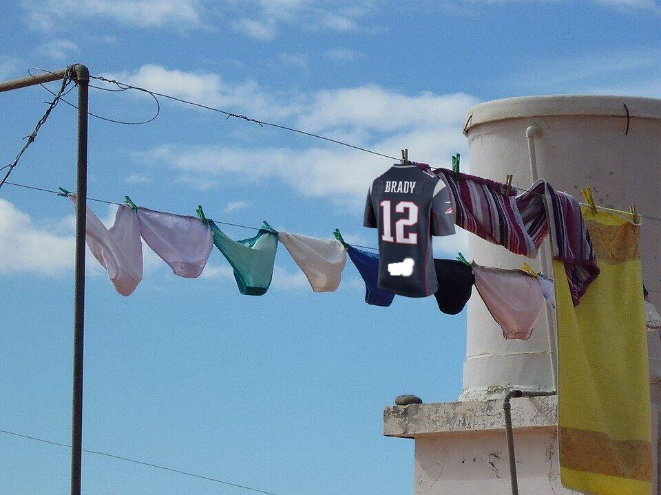Los mejores memes del robo del jersey de Tom Brady Meme 2.jpg