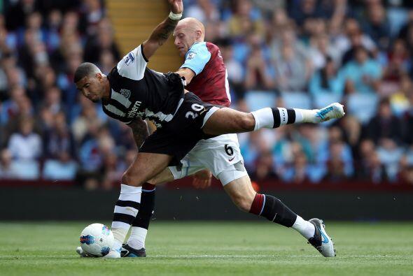 En otro de los partidos, Aston Villa recibió al Newcastle.