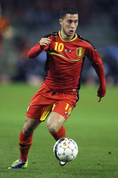Eden Hazard.- El mediocampista del Chelsea, es uno de los jugadores m&aa...
