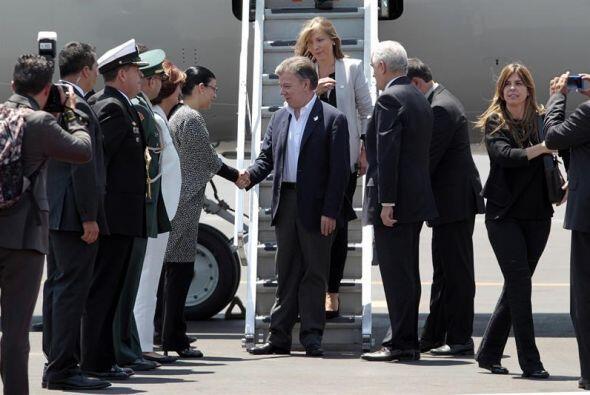 Asimismo, el presidente de Colombia, Juan Manuel Santos arribó es...