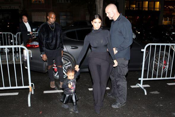 Y hoy la encantadora integrante del clan Kardashian ya camina sola a los...