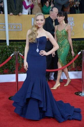El vestido de Amanda Seyfried esta vez no la hizo lucir insípida, pero o...