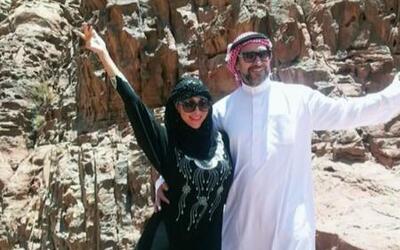 ¿Quién se esconde detrás de este atuendo árabe? Te sorprenderás