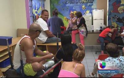 Padres defienden escuela Luis Muñoz Rivera