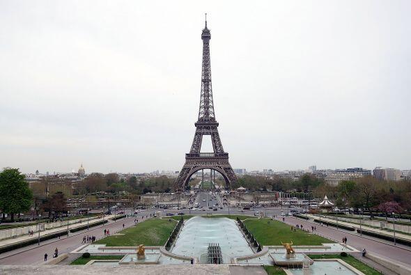 """Y de ser una """"vergüenza"""" para París."""