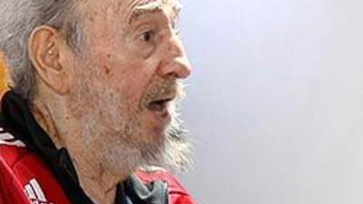 Fidel Castro dice Cuba resistirá y no pedirá 'limosnas' tras anuncio de...