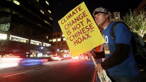 """""""No es un cuento chino"""", dice manifestante en protesta por el..."""