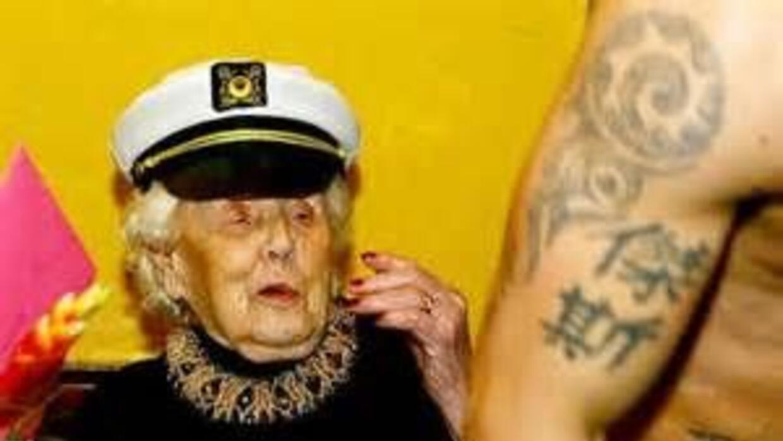 Doris Deahardie festejó sus 100 años de una manera inusual. (Fotografía...