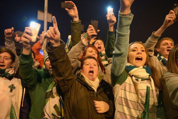 Los fanáticos escoceses también disfrutaron la vuelta de la 'Champions'...