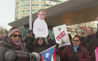 Invitación a Oscar López Rivera para el desfile del orgullo puertorrique...