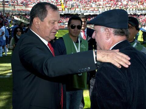 Manuel Lapuente y Enrique Meza comparten una similitud: ambos fueron cam...