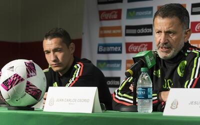 Juan Carlos Osorio está molesto por la baja de Jesús Dueñas del Tri