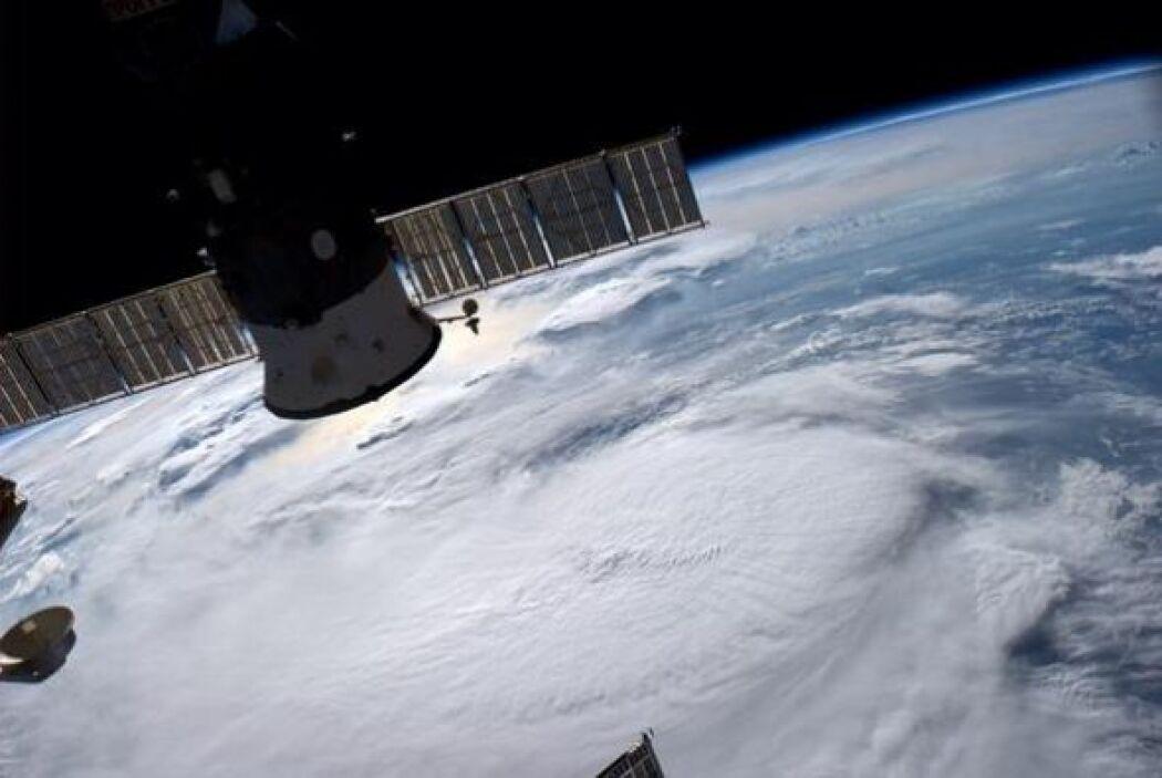 Depresión tropical en la costa de Florida. (foto del 2 de julio) Fotos d...