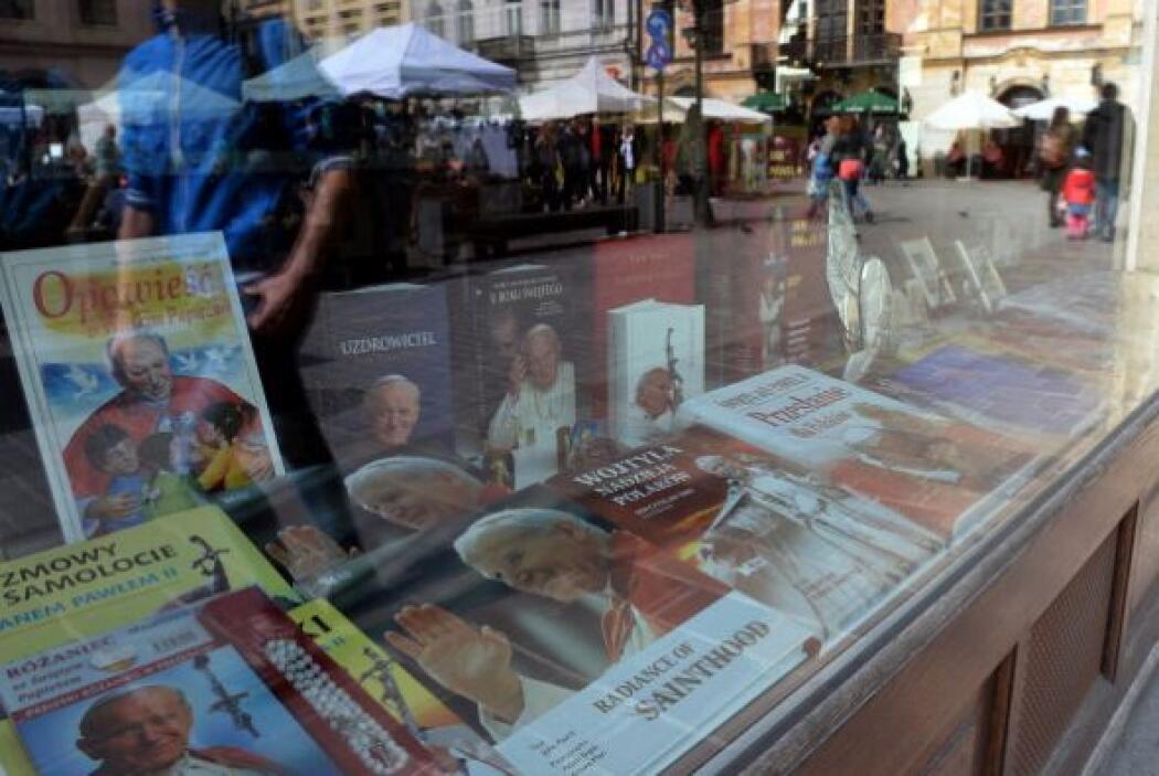 Las calles de Roma también fueron testigo de la venta de libros reseñand...