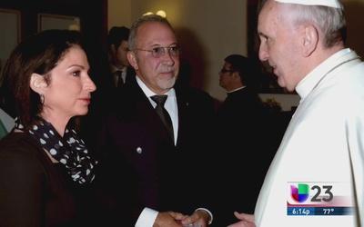 Gloria Estefan le cantará al Papa en su visita a EEUU