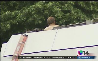 Hombre se atrincheró en el techo de un tren ligero y provocó caos en San...