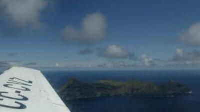 """Un avión-ambulancia con siete personas a bordo fue declarado como """"extra..."""