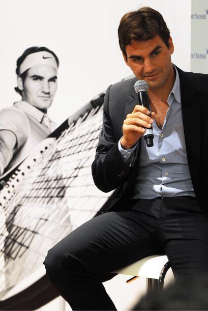 Número 2: De Suiza, Roger Federer, poseedor de una mirada cautivadora, a...
