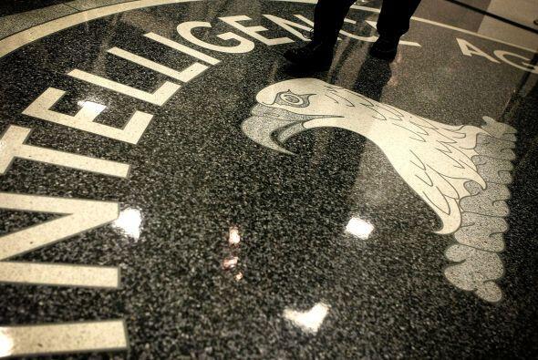 7 - Arlington, Va. - Los espías de la CIA y el Pentágono, pero también l...