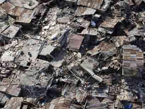 Dos meses trágicosEl 12 de enero marcó a Haití para...