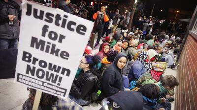 La tensión regresa a Ferguson a la espera de la decisión del Gran Jurado