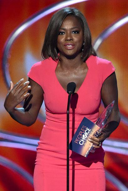 Viola Davis recibió su People's Choice Award por la nueva serie 'How to...