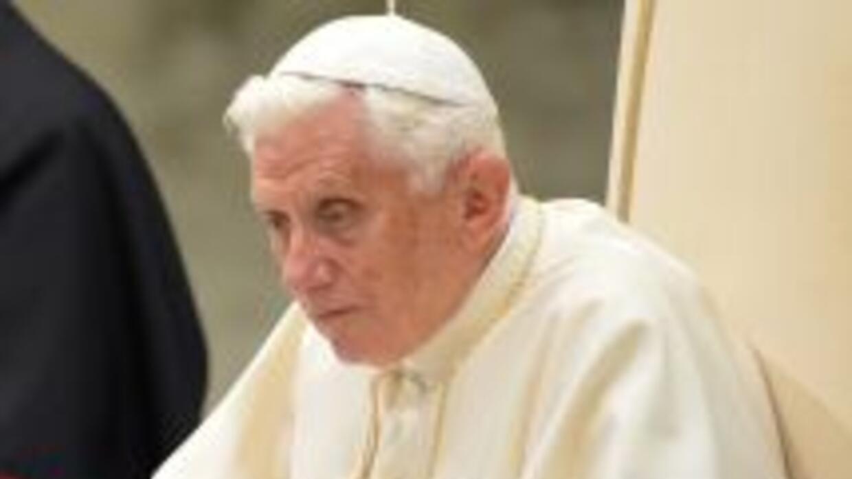 El papa Benedicto XVI lanzó un llamado al cese de la violencia en Siria...