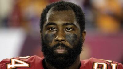 El estelar esquinero llegó a un acuerdo por un año (AP-NFL).