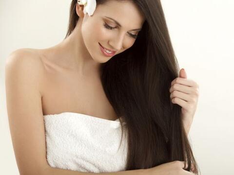 Amas tu cabellera como a nada en el mundo, sin embargo sientes que le fa...