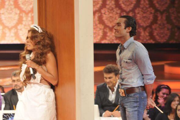 Y esta vez Aarón Díaz formó parte del elenco para c...