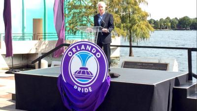 Tom Sermanni, entrenador del Orlando Pride de fútbol femenino