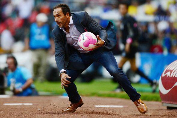 Gustavo Matosas nació el 25 de mayo de 1967 en Buenos Aires, Arge...