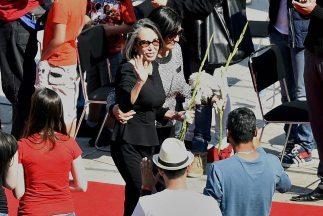 Florinda Meza, la viuda de Chespirito, en el homenaje póstumo realizado...