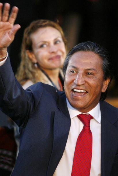 Toledo dijo que un gobierno de Humala 'sería un salto al vacío' por lo q...
