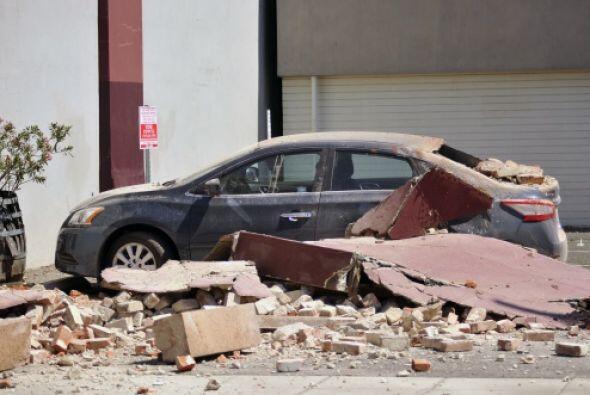 El temblor ocurrió a las 3:20 de la madrugada el domingo.