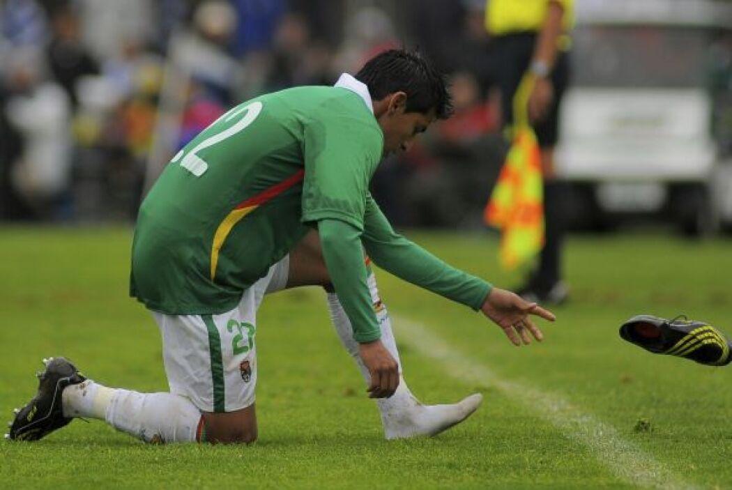 A Bolivia lo goleó Uruguay por 4-2 y sus jugadores le echaron la culpa a...