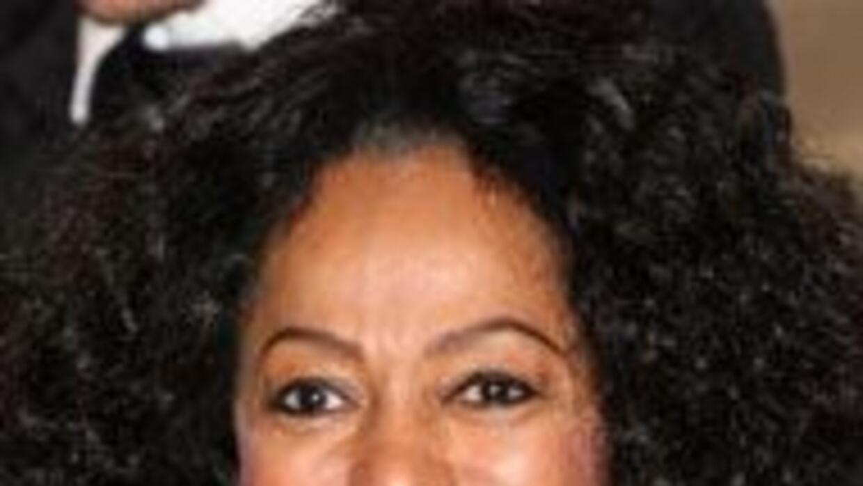 Diana Ross, amiga y cantante del fallecido Michael Jackson, fue incluida...