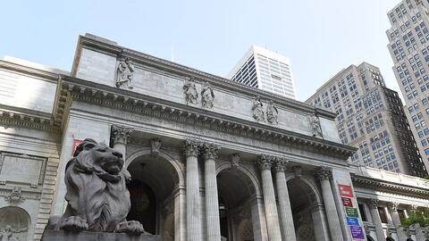 La Biblioteca Pública de Nueva York en la Quinta Avenida es uno d...