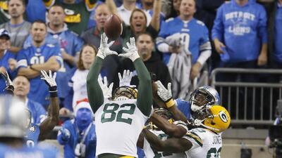 Packers 27-23 Lions: Le cae a Green Bay un triunfo del cielo (video)