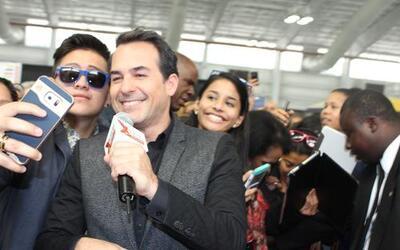 Las estrellas de Univision armaron su propia banda con el público de Nue...