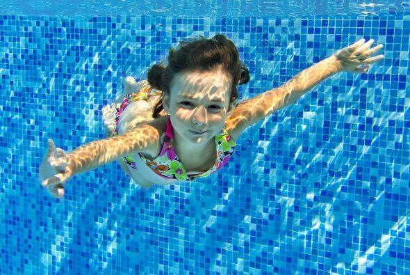 ¿Todos saben nadar? Puede resultarte obvio, pero no lo es. Aclara que el...