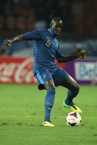 Mamadou Sakho se mostró con gran categoría en el repechaje ante Ucrania...